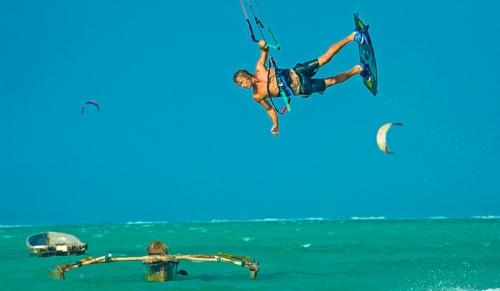 Zanzibar kitesurf camp