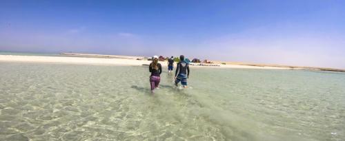Egyiptomi kiteszörfös hajós túra